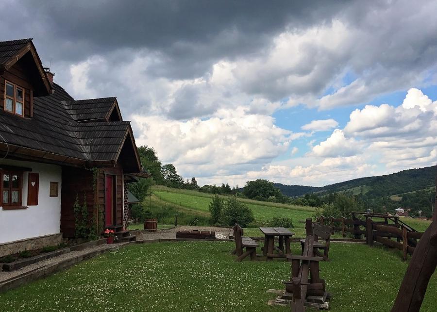 Chata z Gliny w Bieszczadach - Where will I sleep?